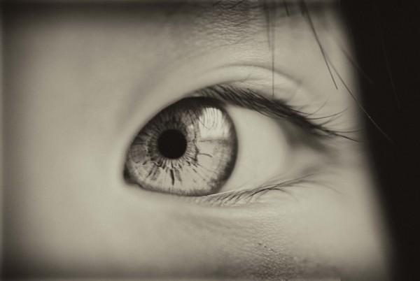 視線の使い方で相手の心理を操る7つのマル秘テクニック