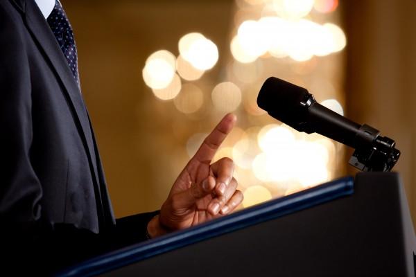 1分間スピーチを効果的に話す7つの文章構成