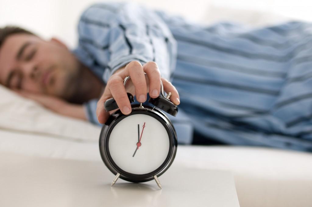 長年の不眠を解消できた人が実践した7つの方法
