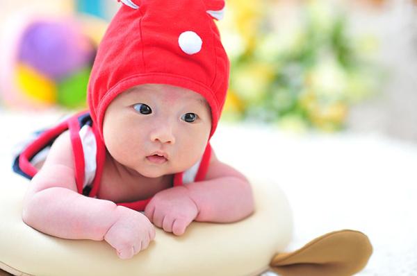 赤ちゃんの睡眠時間にご注目、体内時計を整える7つの方法