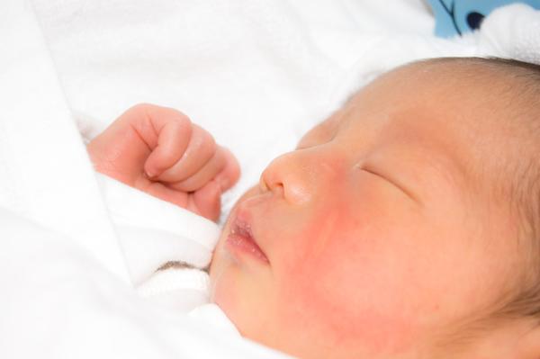 赤ちゃんの睡眠時間を規則正しく生活リズムを整える方法