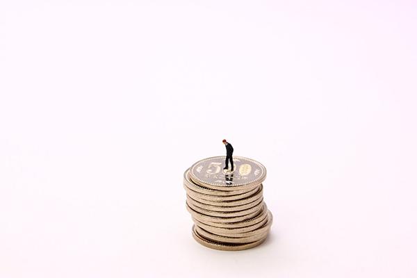 お金がない状況でも貯金できる人が行う7つの賢い節約術