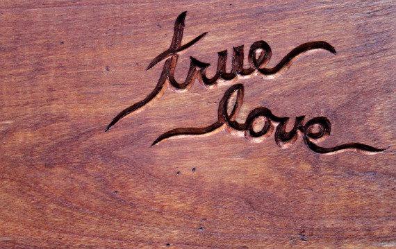 不倫をしながらの復縁は不可能?真実の愛をみつける方法