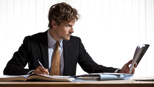 自己啓発をして仕事で結果を出せる人になる方法