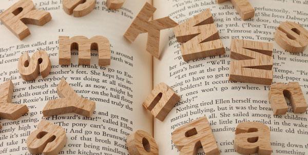 英語文法を勉強するときに役立つ基本フレーズ!