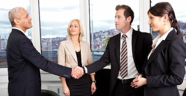 出向を命じられた時、会社に確認するべき3つの事